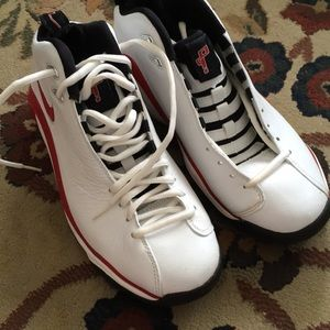 Nike Shoes - NWOT Nike Air Pippen white red